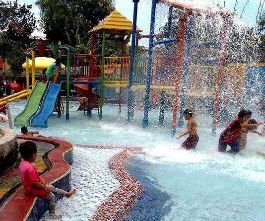 Kolam Spray Park